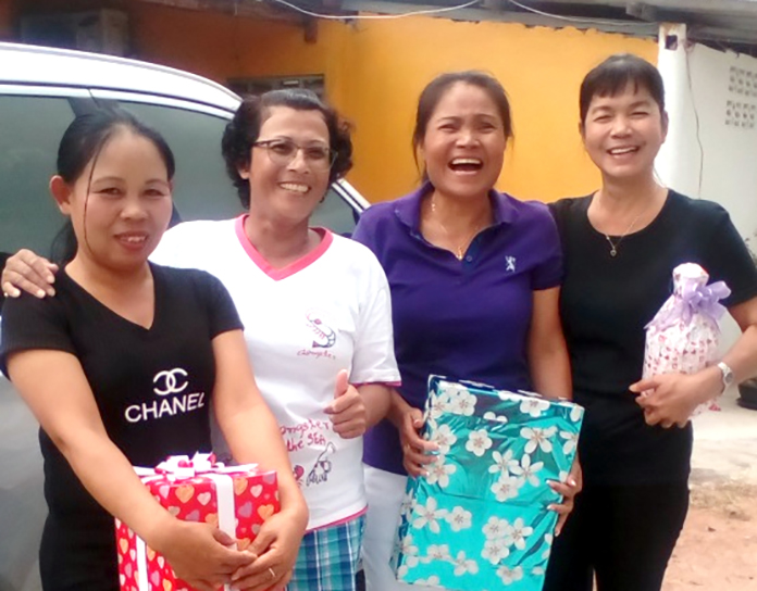 Ladies winners: Som, Sa, Karn and Nu.
