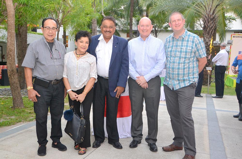 (L to R) Xanxai Visitkul, Natta Boonpayoorg, Peter Malhotra, MD of Pattaya Mail, Graham Macdonald, and Dr. Daniel Moore, Headmaster & CEO of Bromsgrove International School.