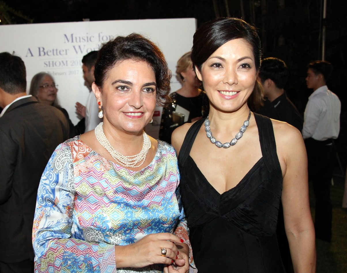 Organizers of the event, Lucia Constantini-Pruegel (left) and Juri Segiguchi-Drofenik.