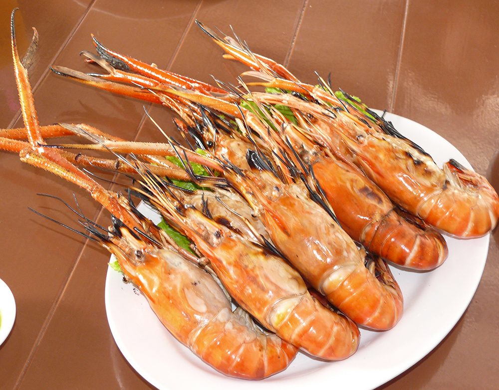 Prawns pretending to be lobsters.
