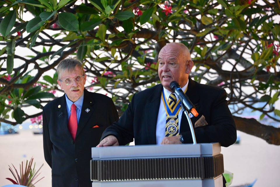 President Rodney Charman of the Rotary Club Eastern Seaboard welcomes the guests as CP Martin Brands looks on.