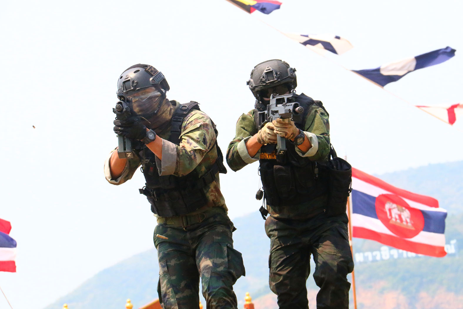 The Royal Thai Navy tested joint tactical squadron training, including live ammunition drills at the annual Professional Navy Training Day in Sattahip.