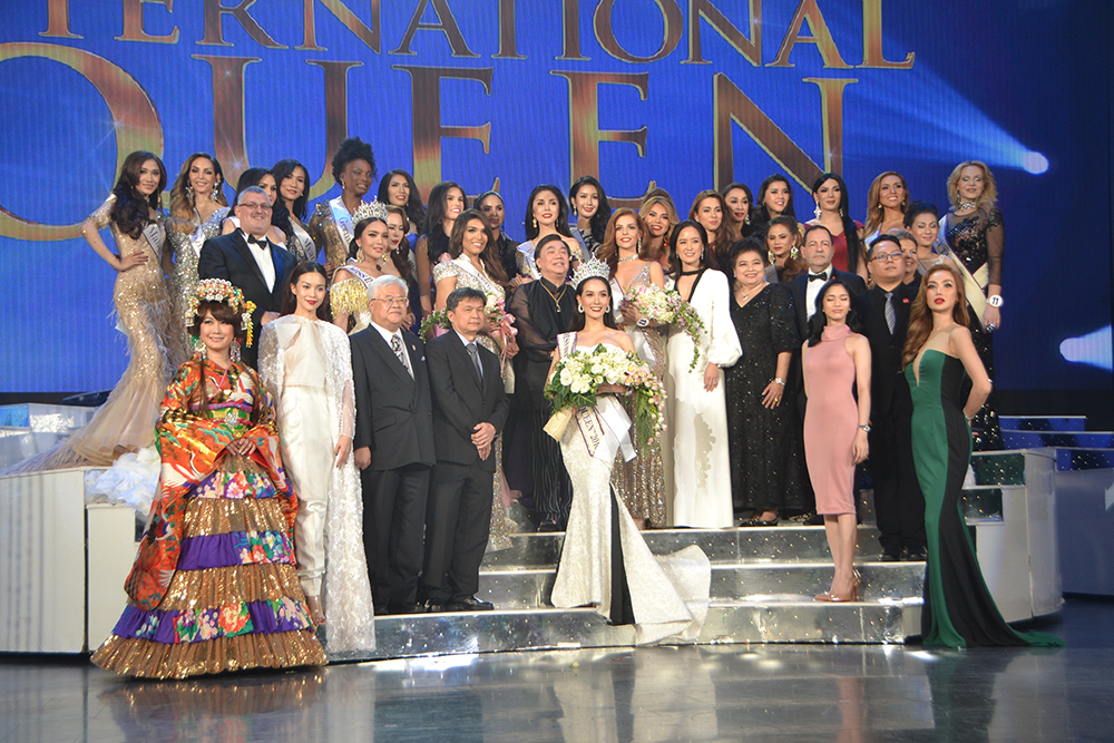 Contestants, judges and sponsors gather on stage for the grand finale.