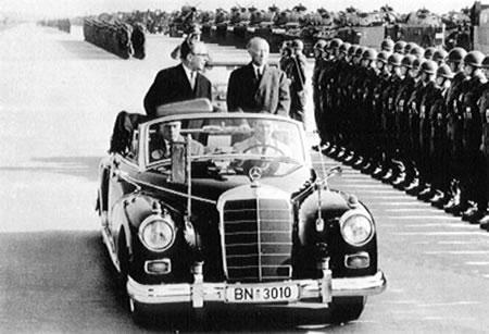 Adenauer.