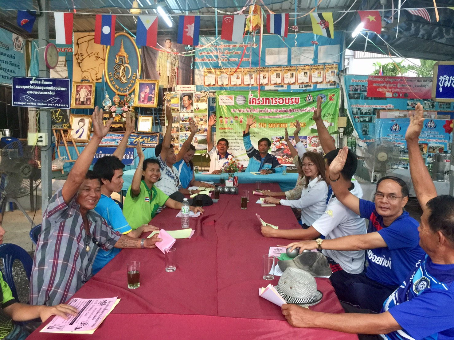 Neighborhood President Wirach Joyjinda welcomed charity executives to the Pattaya community where they explained their local-support program.