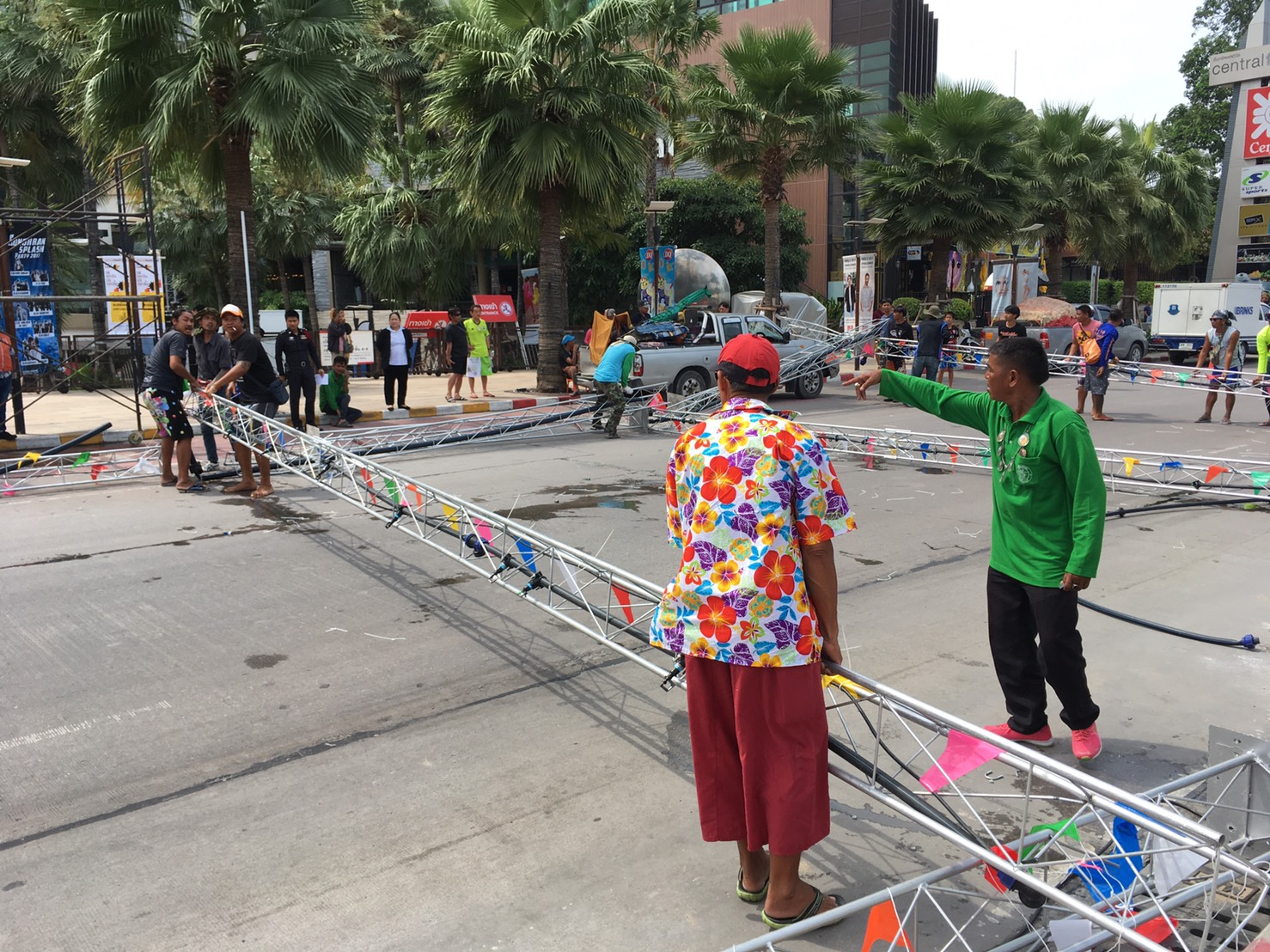 """Two people were hurt when a """"water tunnel"""" constructed for Pattaya's Songkran finale collapsed."""