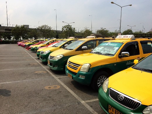 Thailand News - 23-04-17 1 NNT All taxis to be equipped with tracking devices 1