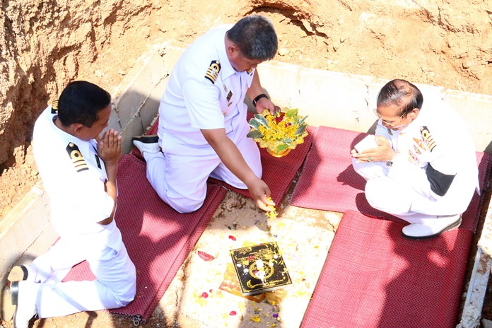 Academy commander Capt. Wirat Somjit presides over laying the foundation stone.