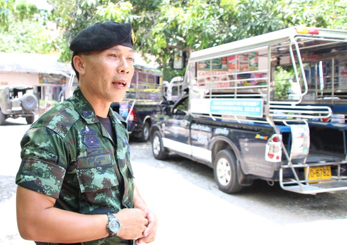 Three months after launching a crackdown on baht buses in Pattaya, the army admits it lacks the personnel to enforce its rules on routes and parking.