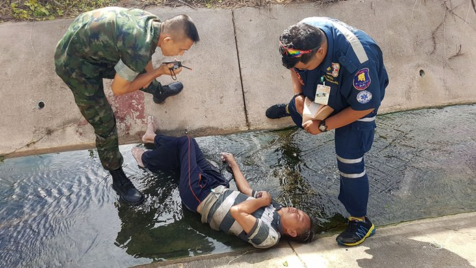 Petty Officer First Class Aran Panprasert was injured after falling and spending the night in a Sattahip sewer.