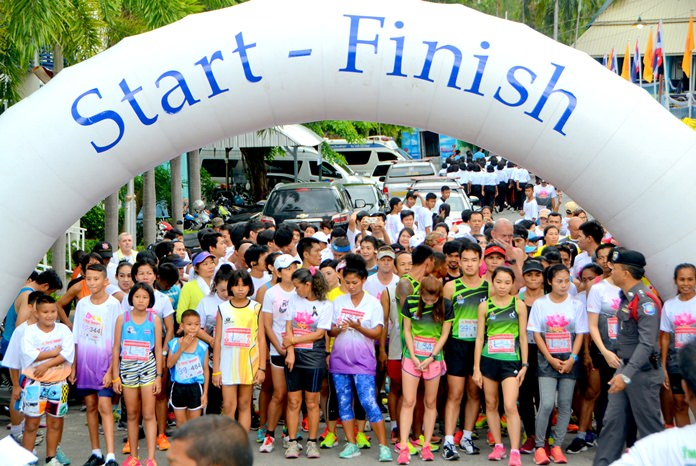 Runners line up at the start line on Pratumnak Hill, Wednesday, May 10.