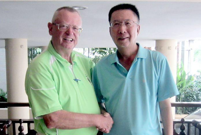 Dick Warberg (left) with Takeshi Hakozaki.
