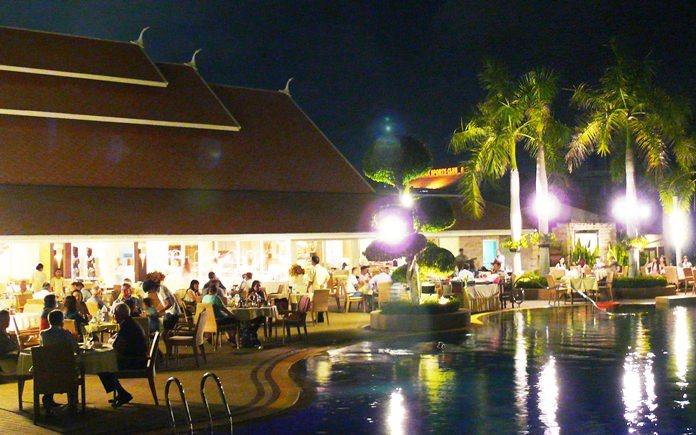 Thai Garden settings around the pool.