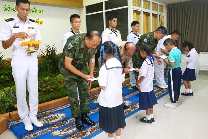 Rear Adm. Eakaraj Porahomlampak, commander of the Air and Coastal Defense Command, presided over the ceremony.