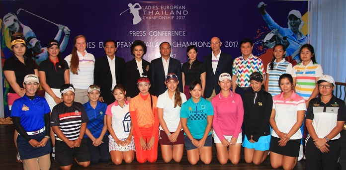 Top players from the Thai LPGA pose with Sports Authority of Thailand officials, tournament organizers and representatives of Phoenix Gold Golf & Country Club during a recent press conference to announce the event.