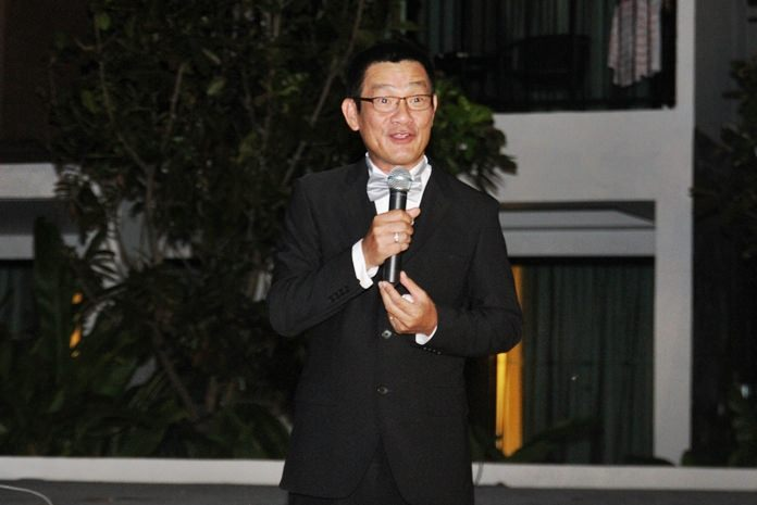 Centra Maris Resort GM Chaiphun Thongsuthum welcomes the guests.