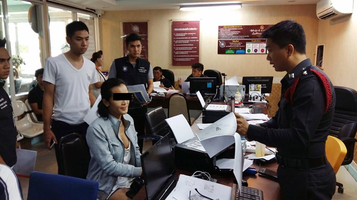 Araya Pasuk, wanted for theft in Phuket, has been arrested for robbing an Iranian in Pattaya.