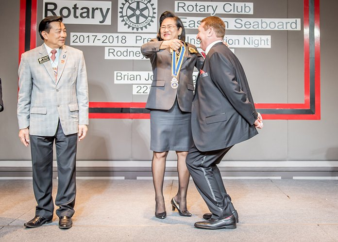 DGE Onanong installs Brian John Songhurst as president for 2017-18.