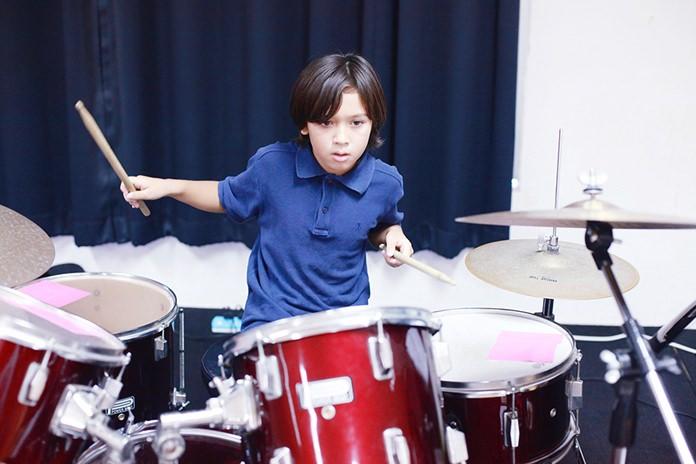 Demonstrating some great rhythm.