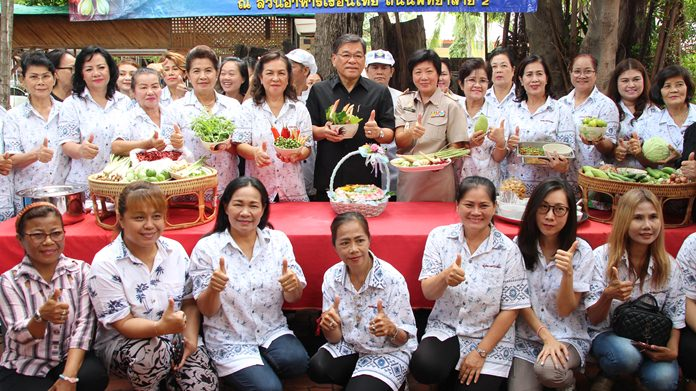 The Pattaya Women's Development Group hosted a food-preparation class to help members earn more money with their culinary skills.