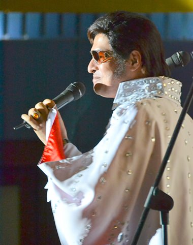 Thai Elvis, Arthur Hussain delights audience with his tribute to the king of rock n roll.