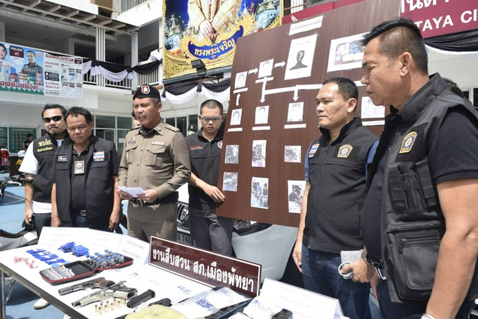 Pattaya police seized more than 22,000 methamphetamine tables and arrested seven people who allegedly sold a variety of narcotics in the Pattaya area.