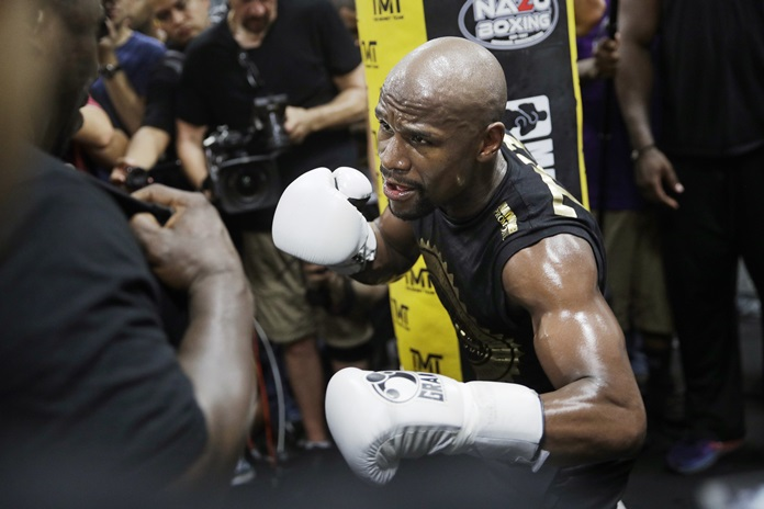 Floyd Mayweather Jr. trains at his gym Thursday, Aug. 10, in Las Vegas. Mayweather is scheduled to fight Conor McGregor later in the month. (AP Photo/John Locher)