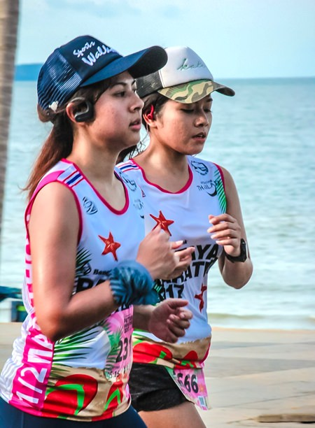 Runners took in the sights of Pattaya as they traversed the city's streets early Sunday morning.