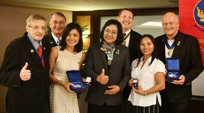 DG Onanong proclaims the Rotary Club Eastern Seaboard as champions of Rotary humanitarian projects and contributions to the Rotary Foundation. (l-r) CP Martin Brands, PP Carl Dyson, Joy Keolaphoumy, DG Onanong, President Brian Songhurst, Ket and PP Jan Abbink.