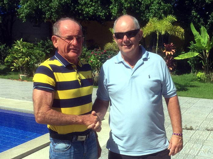 Paddy Devereux (left) with Brett Gale.