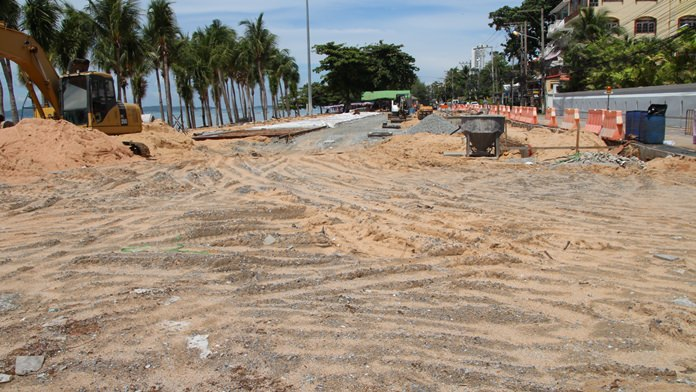 Jomtien Beach business owners have asked the city to give them a say in the shoreline's ongoing facelift. Mayor Anan Charoenchasri acknowledged the business owners' concerns and said he understood their desire to participate in the project, but stopped short of immediately scheduling any hearings.