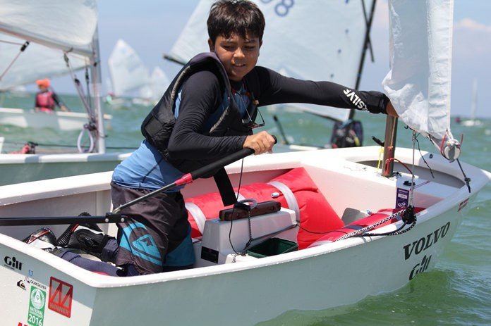 Light winds and a strong tide made for tough racing conditions.