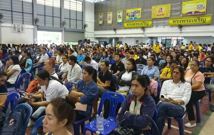 The Pattaya School No. 11 auditorium was packed Nov. 11 with parents of pupils in grades 1-3.