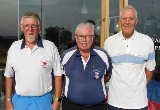 Arne Pedersen (left) and Gordon Clegg (right) with Dave Richardson.