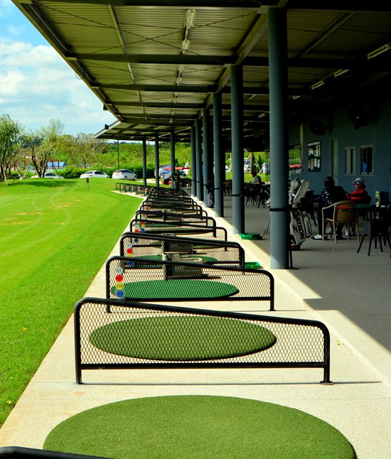 The facility offers 20 individual bays with either grass or mat teeing areas.