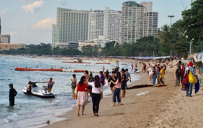 Good weather in Pattaya and winter storms in Europe have meant busy days on local beaches and shopping malls.