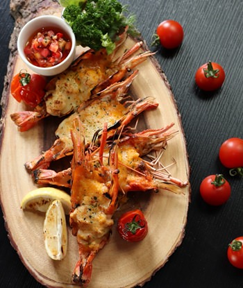 Delicious river prawns at Hilton Pattaya throughout January and February.