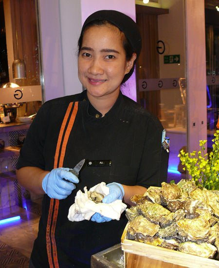 Real French oysters.