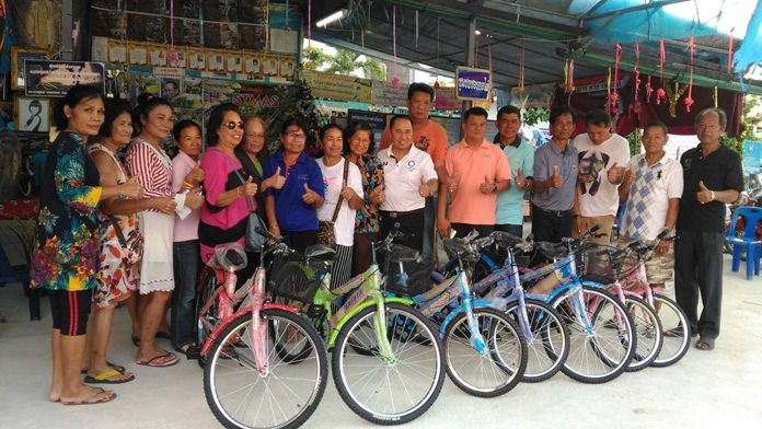 The We Love Pattaya Club donated seven bicycles to support Children's Day activities in the Soi Khopai Community.