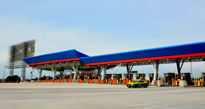 Five new Pattaya-area toll booths have opened on Highway 7, but will remain free until April 19.