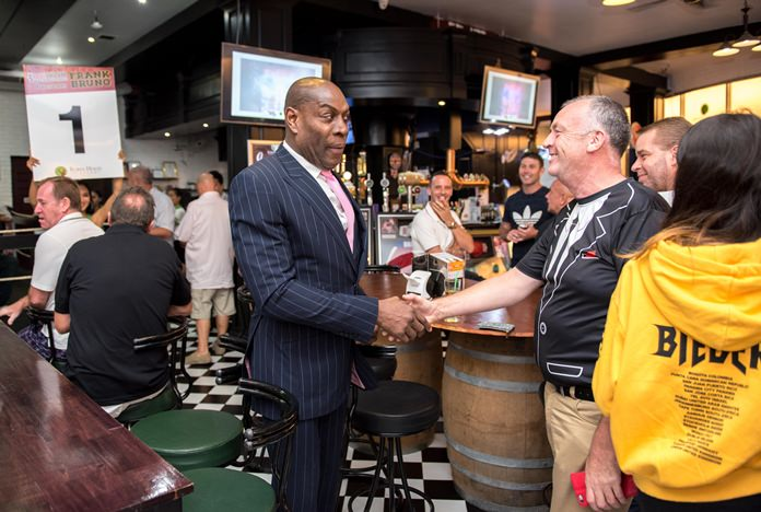 Round 1 - Frank Bruno comes out to greet his fans.