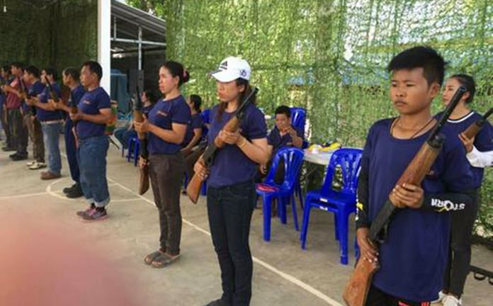The Internal Security Operations Command in Chonburi continues to train civil-defense volunteers to use firearms to defend their villages.