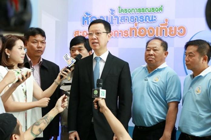 Anan Wongbenjarat, Department of Tourism Director General, talks to members of the media.