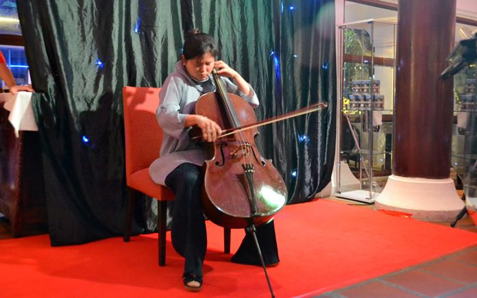 Cellist Yuscha Kim enchanted the audience with her exquisite performance.