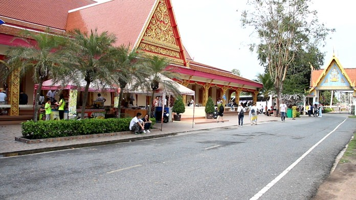 Nong Plalai Sub-district's dean of monks said five Pattaya-area temples will begin putting clear price tags on amulets following complaints about overcharging.