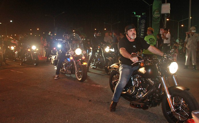 More bikers from around the nation arrive at the grounds of the main event.