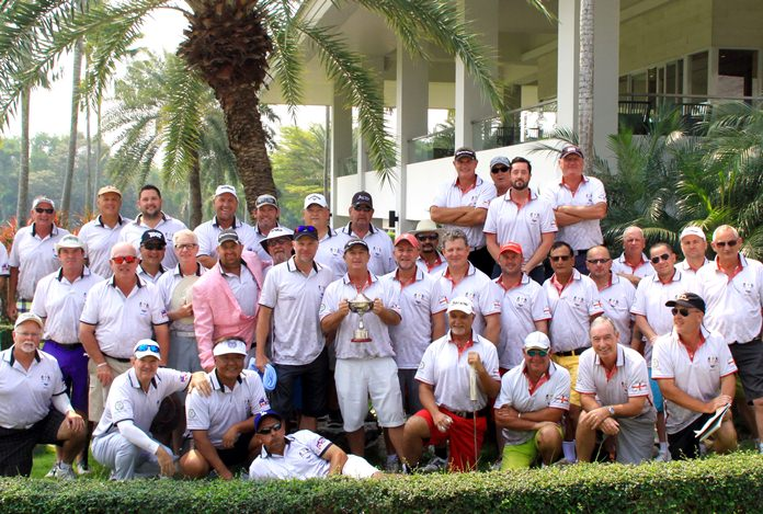 The Rest of the World and England teams at the Mulberry Ryder Cup 2018.