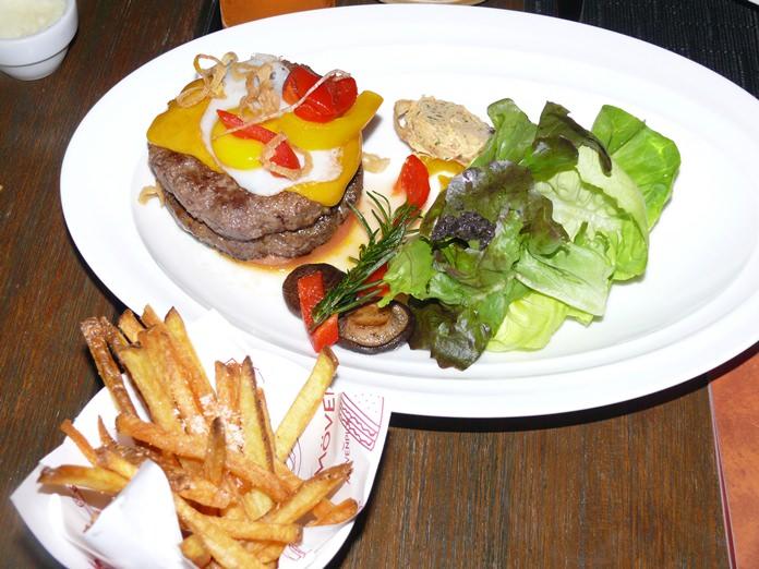 The burger with no bun!