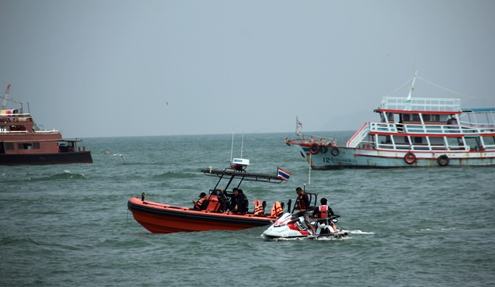 The Royal Thai Navy, Marine Department, and Pattaya medical and rescue services joined forces for a water rescue drill.