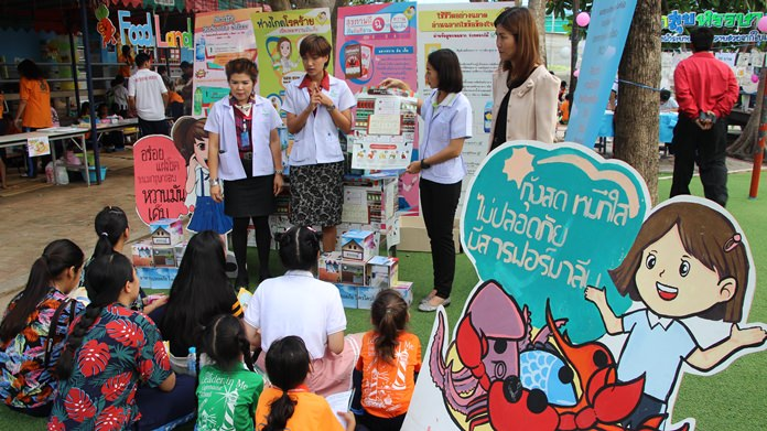 Naklua students were taught how to read food labels so they can learn to eat healthier.